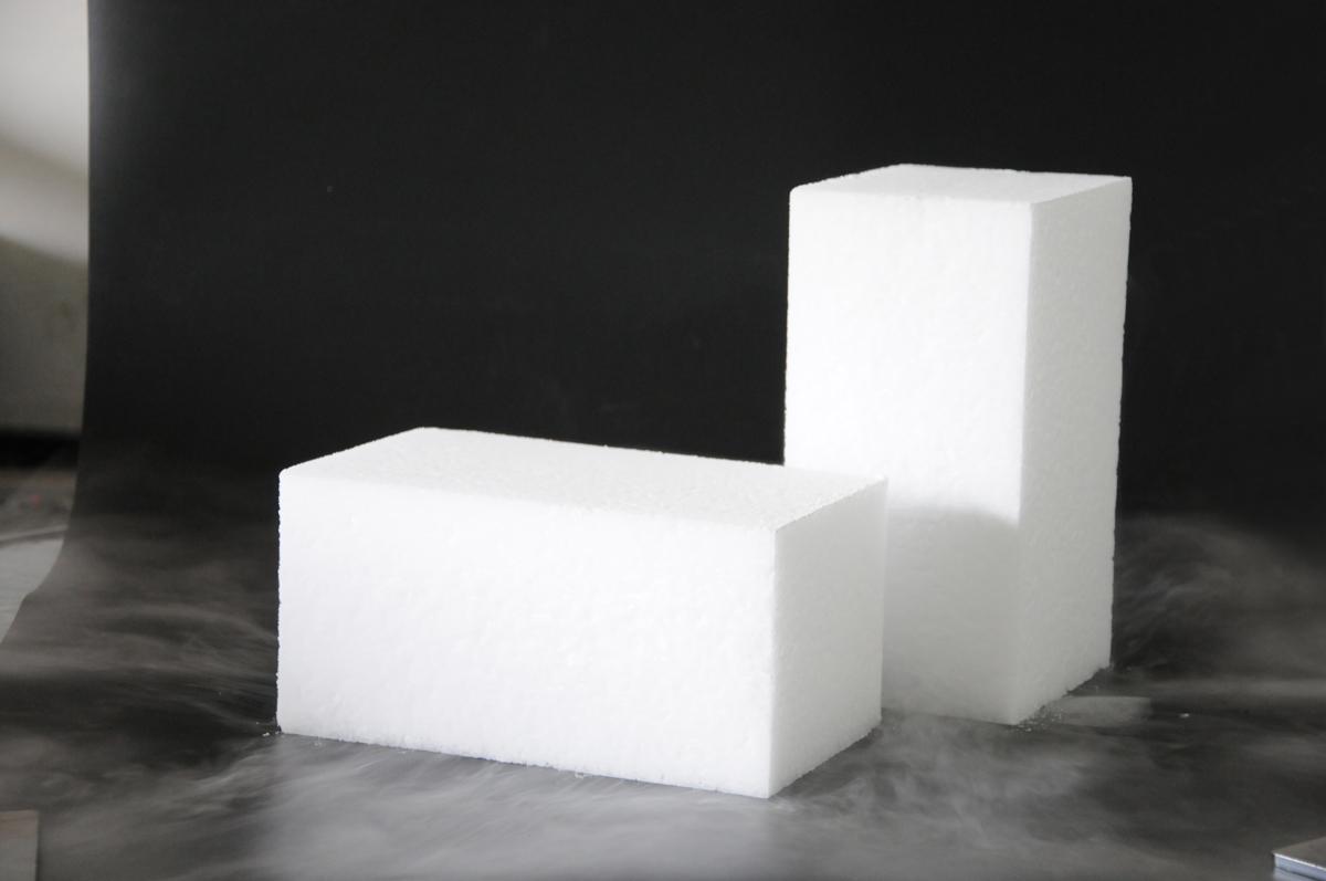 块状干冰 (2).jpg